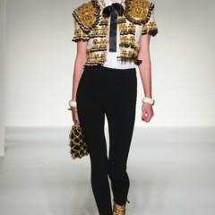 Foto 3 de 43 de la galería moschino-primavera-verano-2012 en Trendencias