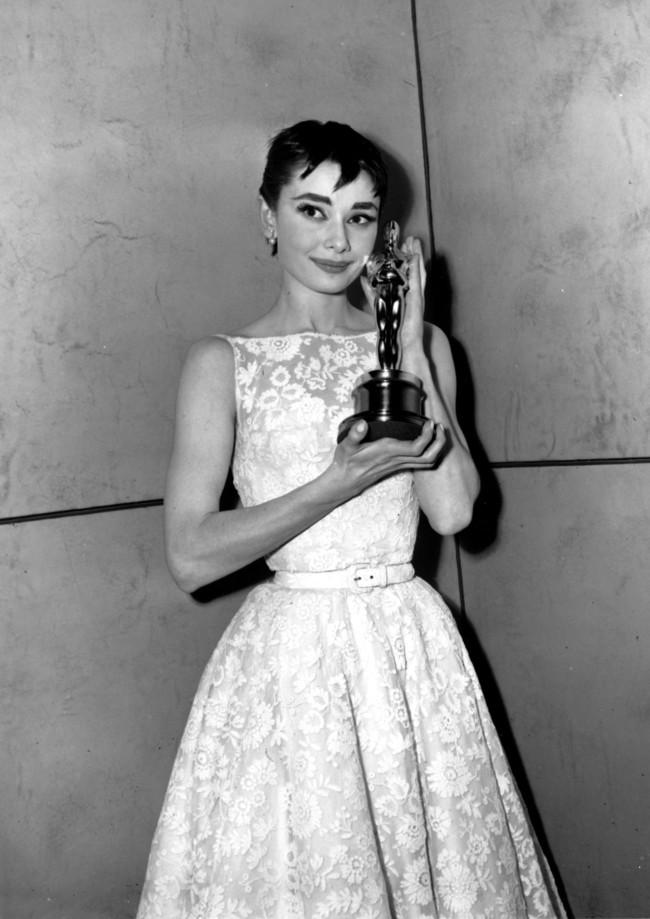 Hubert De Givenchy Audrey Hepburn 1954