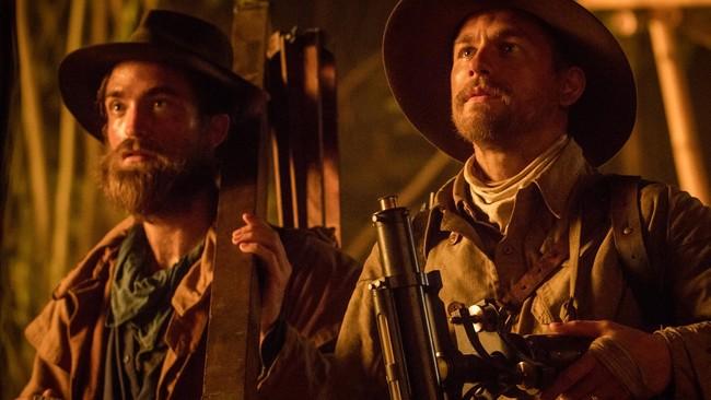 Robert Pattinson y Charlie Hunnam