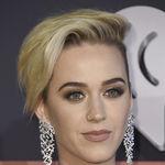 Katy Perry sigue cortando cabello, ¿hasta dónde llegará?