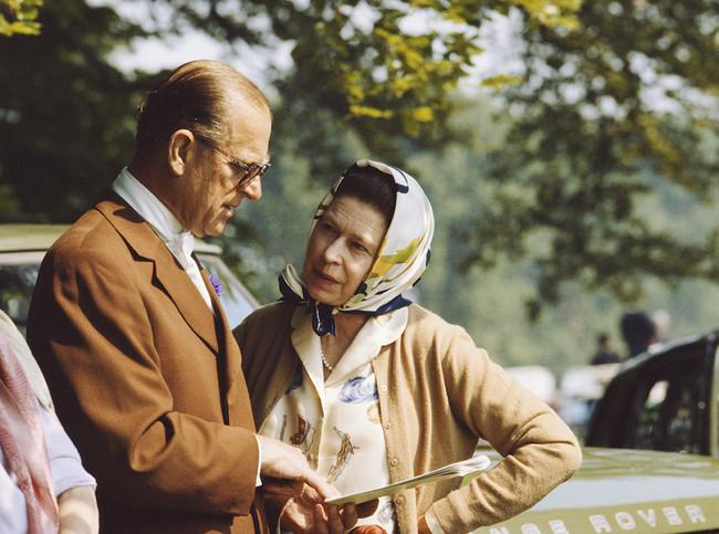El Príncipe Felipe con la Reina Isabel II