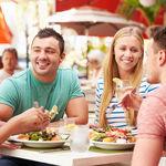 ¿Comes fuera de casa? Considera estos siete consejos