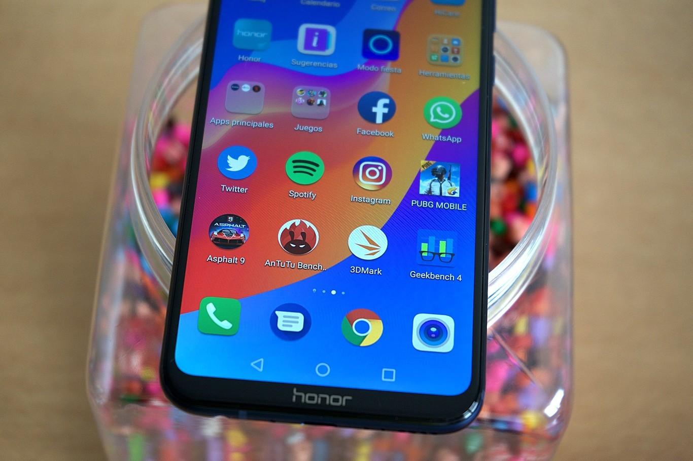 Huawei, con el Honor Play, es el primer fabricante en estar probando Fuchsia OS, el misterioso sistema operativo de Google