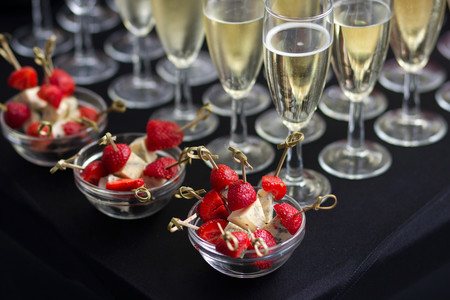 comer-fiesta-champan