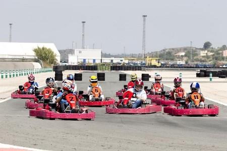 La GP3 calienta motores en un ambiente distendido y carreras de karts