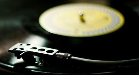 Los discos de vinilo, imparables: más beneficios que Spotify Free, YouTube y VEVO juntos