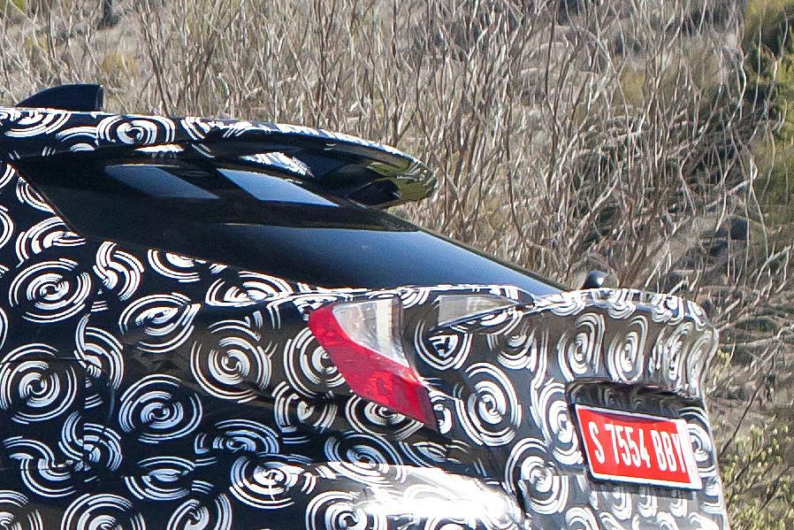 Toyota C Hr Prototipo Aleron