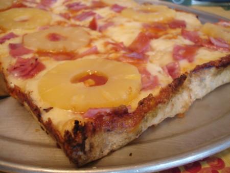 ¿Por qué existen personas que le echan piña a la pizza o cebolla a la tortilla? La ciencia tiene la respuesta