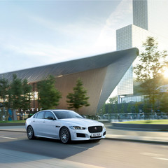 jaguar-xe-landmark-edition