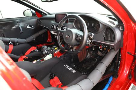 KIIA STINGER GT420 4