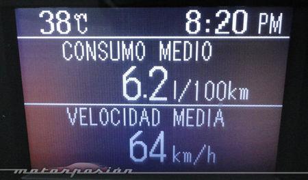 Mazda3 1.6 CRTD 115 cv pantalla de datos
