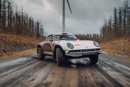 El Singer ACS de 450 CV es el Porsche 911 Safari de rally raid que le falta a la gama del mítico 911