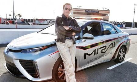 Así como a ti, Toyota Mirai conquista a las celebridades