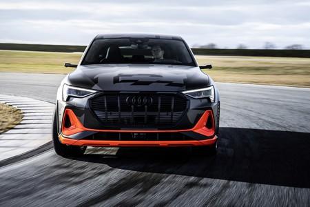 Este vídeo nos enseña cómo el Audi e-tron Sportback S gestiona el viento para maximizar su autonomía