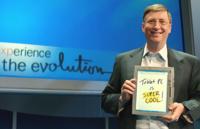 Bill Gates cree que Apple tendrá que sacar su propio Surface