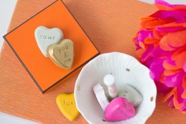 Hazlo tú mismo: corazones de cemento para San Valentín