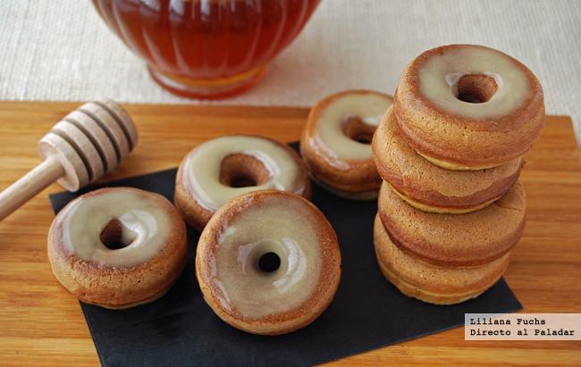 Mini dónuts horneados de manzana con glaseado de miel. Receta