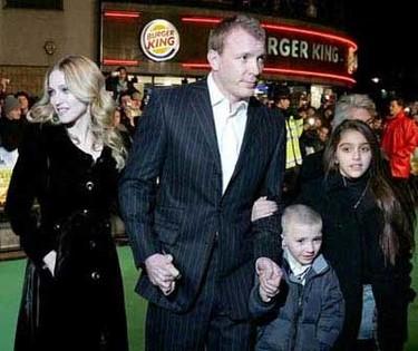 Madonna y Guy Ritchie, la pareja mejor vestida según In Style