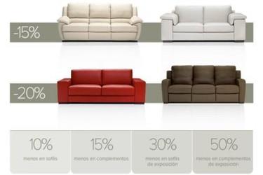 Rebajas de sofás y complementos de decoración en Natuzzi
