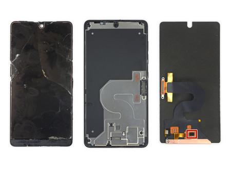 El Essential Phone de Andy Rubin no será nada sencillo de reparar, según iFixit