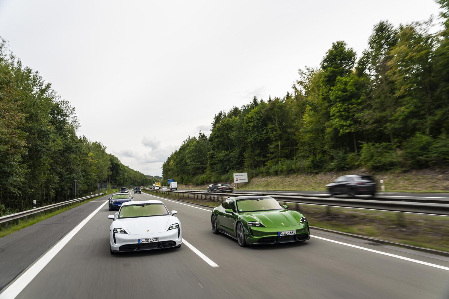 Foto de Porsche Taycan prueba contacto (123/275)