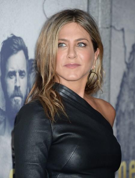 Este es el look de cuero con el que Jennifer Aniston ha desbancado a Kim Kardashian