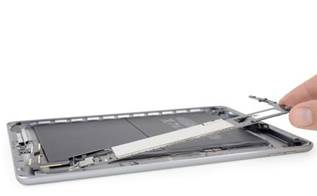 Una mirada al interior del iPad 2018: iFixit nos muestra los componentes del iPad más barato de todos