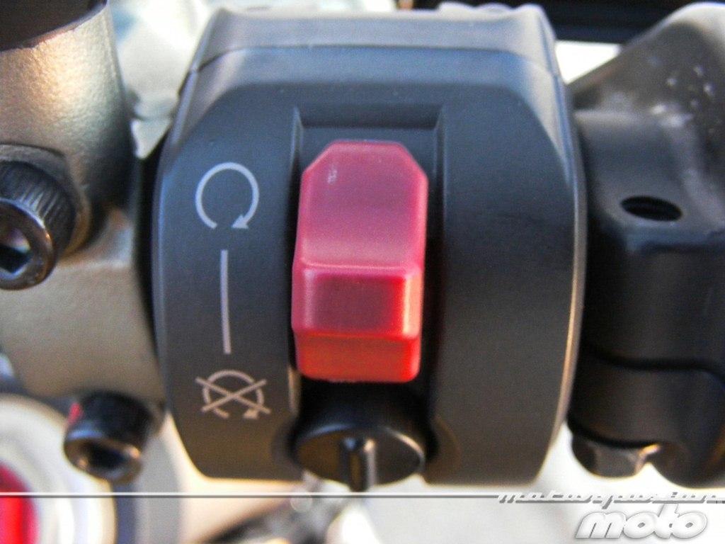 Foto de Ducati Streetfighter 848 (12/37)