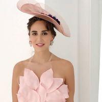 Tamara Falcó hereda la elegancia de su madre con este divino look de invitada de boda