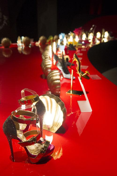 Foto de Exposición Christian Louboutin en Londres (2/20)