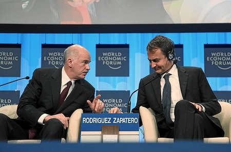Dos balones de oxígeno para Zapatero