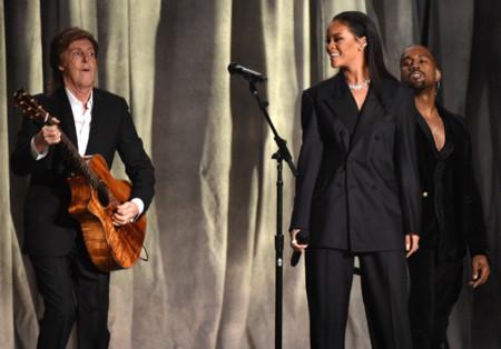 Rihanna Paul Mccartney Kanye West Grammy 2015 Concierto