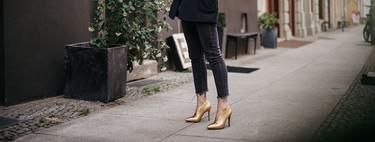 11 zapatos y sandalias doradas para pisar de la forma más brillante este Fin de Año