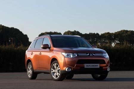 Mitsubishi Outlander eléctrico para 2013