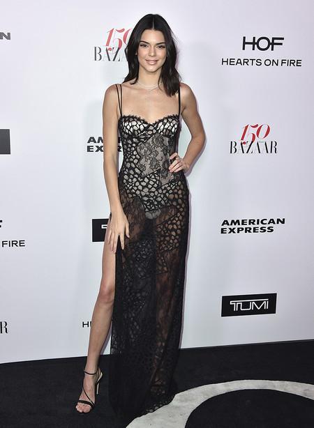 Harpers Bazaar Most Fashionable Women Alfombra Roja Looks 2017 1