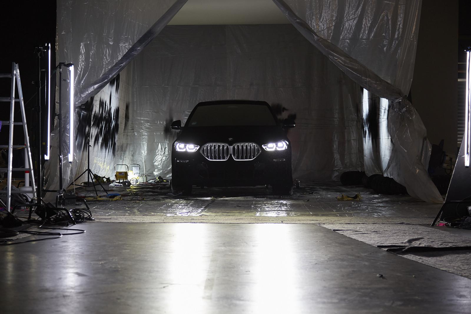 Foto de BMW X6 Vantablack (9/10)