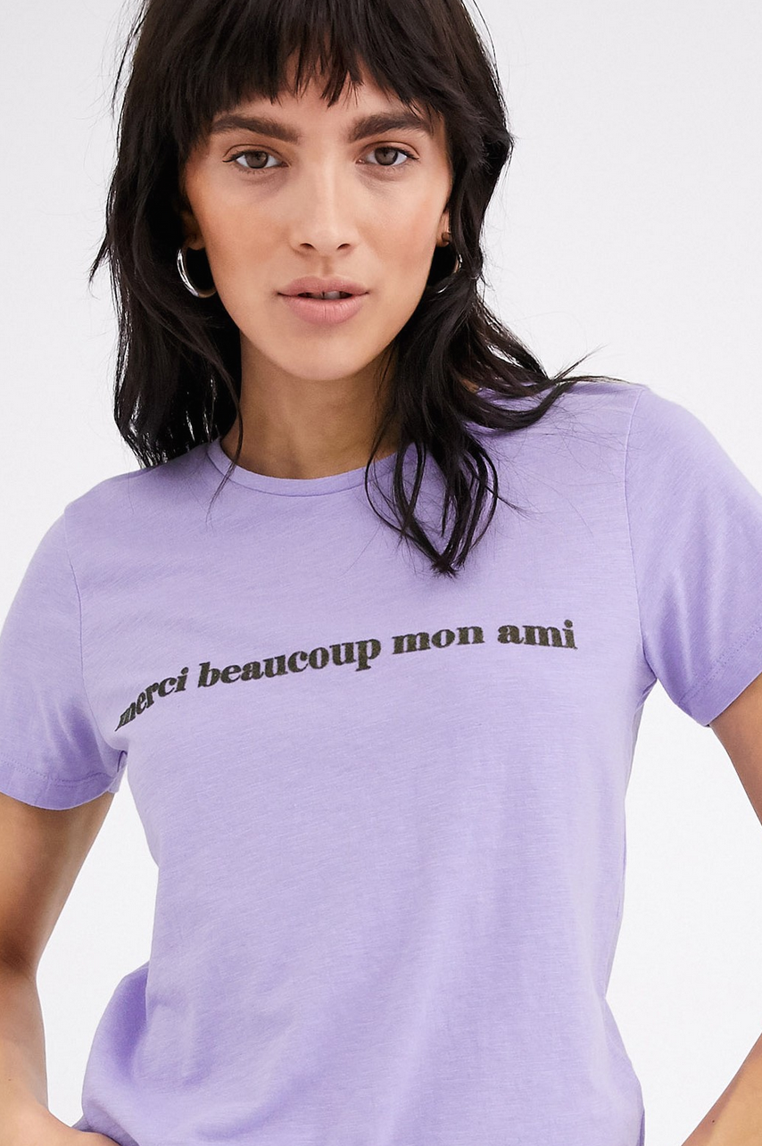 Camiseta con eslogan de Ichi