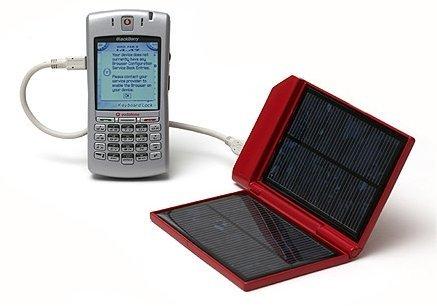 Soldius 1, carga tu móvil en dos horas al sol