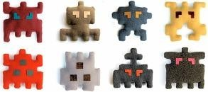space invaders peluches.jpg