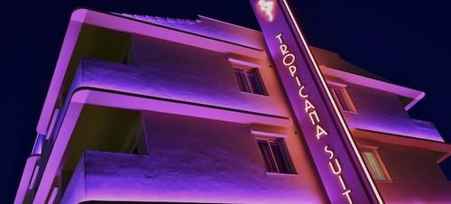 ¿Verano en Miami o en Ibiza? Ambos destinos en un mismo hotel: Tropicana Ibiza Coast Suites