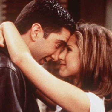 Día Internacional del Beso: recordamos los 29 besos más románticos (y esperados) de la historia de la televisión