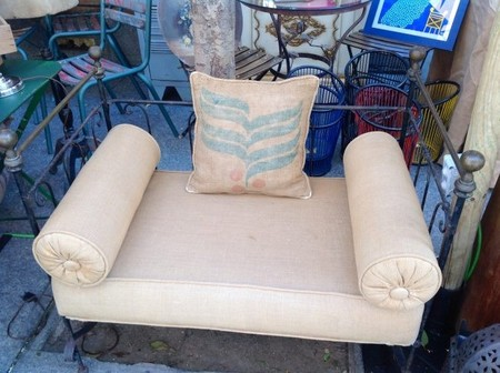 decor-sofa.jpg