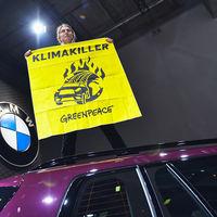 Más grandes, más peligrosos, más contaminantes: ya hay quien pide prohibir los SUV en las ciudades
