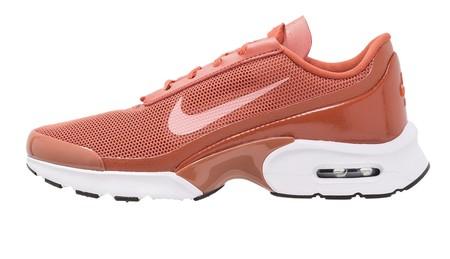60% de descuento en las zapatillas de Nike Air Max Jewell en naranja: ahora cuestan 43,95 euros en Zalando