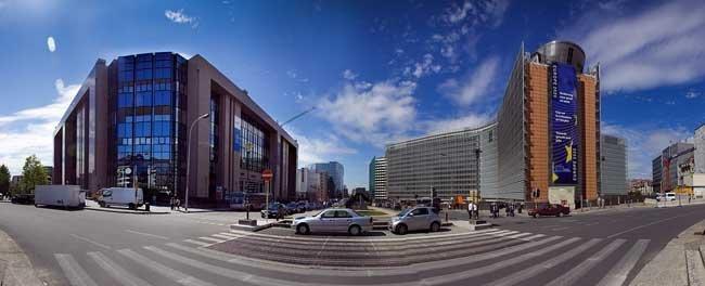 Edificio de la Comisión Europea, foto de Arcadiuš