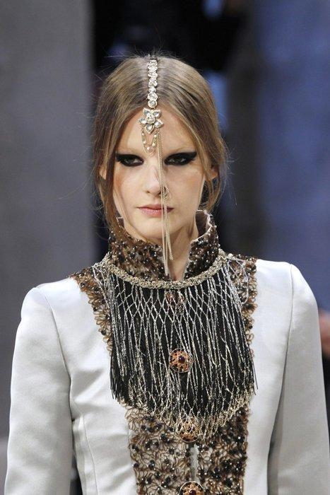Foto de Cómo se hizo la colección Paris-Bombay de Chanel (14/18)