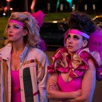 'Glow': Netflix renueva la serie de lucha femenina para una cuarta y última temporada