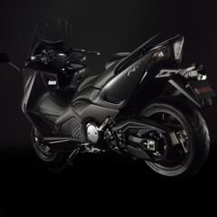 Foto 14 de 25 de la galería yamaha-t-max-2012-fotos-de-estudio en Motorpasion Moto
