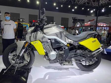 La Benda LFS700 es una nueva naked china de 94 CV que pronto podría llegar a España