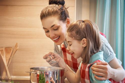 Batch cooking: claves para cocinar en unas horas para toda la semana (y ahorrar mucho tiempo para estar con tus hijos)